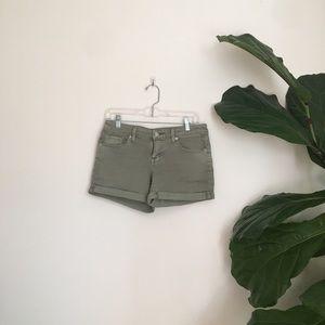 Olive green Mossimo Stretch denim Shorts !